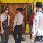 Kades Teke Diduga Gelapkan Dana Desa, Warga Segel Kantor Desa