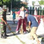 Bersama Warga, Personil Polsek Rastim dan Babinsa Gotong Royong di Masjid Baitul Hamid