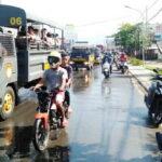 TNI-POLRI Semprot Disinfektan Keliling Kota Bima