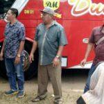 Pemerintah Kecamatan Madapangga Razia dan Ukur Suhu Tubuh Penumpang Bus