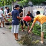 Cegah Demam Berdarah, Warga Santi Bersihkan Lingkungan