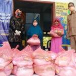 Prihatin Dampak Kondisi Virus Corona, GOW Kota Bima Bagikan Sembako