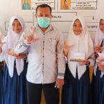 Raih Prestasi Gemilang, 5 Siswa SMPN 4 Bolo Dapat Beasiswa Kemendikbud