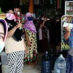 Terima Bansos PKH, Warga Diimbau Ikut Anjuran Pemerintah untuk Cegah Virus Corona