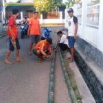 Terapkan PSBK, Sejumlah Akses Keluar Masuk di Kelurahan Santi Ditutup Total