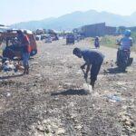 Jaga Kebersihan di Tengah Pandemi, DLH Gotong Royong Bersihkan Sampah