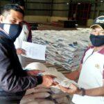 Polres Salurkan Bantuan Beras untuk 124 Warga