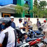 Pelayanan Tutup, Nasabah Bank NTB Syariah Ribut dan Kecewa
