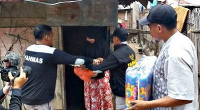 Mengalir Bantuan untuk Iin, Yanmas Ansharu Syariah Serahkan Sembako dan Tempat Tidur