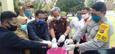 Polres Bima Kota Musnahkan 40 Gram Sabu-Sabu