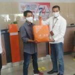 HUT BNI, Pegawai dan Serikat Pekerja BNI Kantor Cabang Bima Bagikan 916 Sembako