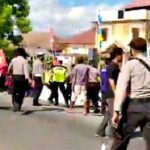 Aksi Demonstrasi LMND Bima Berujung Bentrok dengan Aparat