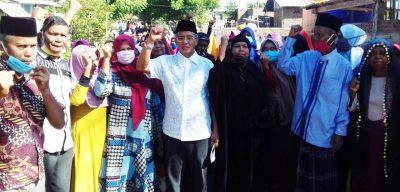 Masyarakat Wera Antusias Sambut Bakal Calon Bupati Bima H Arifin