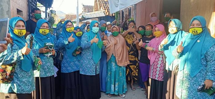 Galakan Gerakan 1 Juta Masker, PKK Kota Bima Ajak Masyarakat Terapkan Protokol Kesehatan