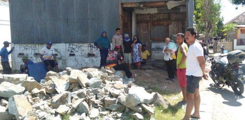 Kutu Dedak Menyebar di Pemukiman Warga, Gudang KUD Santi Nyaris Dibakar