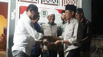 Ketua DPRD Kota Bima Bantu Pembangunan 3 Masjid di Kelurahan Mande