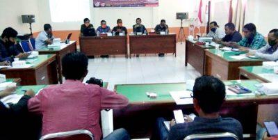 Sosialisasi Tahapan Pemilihan, KPU Kabupaten Bima Ngopi Bareng Wartawan