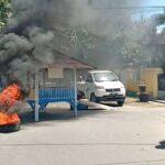 Normalisasi Kali Romo Tidak Tuntas, Pemuda Sarae Blokir Jalan