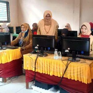 Tingkatkan Mutu Guru, SDN 40 Kota Bima Gelar Workshop E-Learning