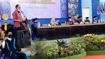 225 Mahasiswa-Mahasiswi STIE Bima Angkatan XVII Diwisuda