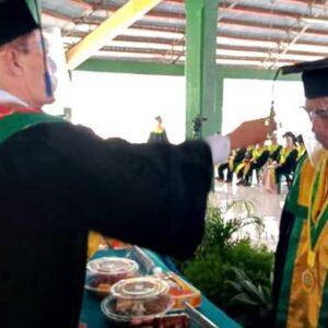 Dies Natalis Ke-XXXIX, 182 Mahasiswa STISIP Diwisuda