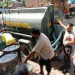 Penuhi Kebutuhan Vital Warga Lampe, Polisi Salurkan Air Bersih