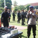 Kapolres Bima Kota Pimpin Latihan Pasukan Huru Hara
