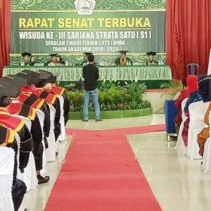 Mahasiswa STT Bima Angkatan Ke-III Diwisuda