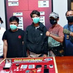 Tim Opsnal Ringkus 2 Pemuda Sedang Isap Sabu-Sabu