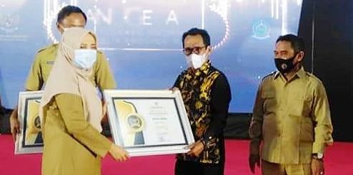Pemkot Bima Sabet Penghargaan Kota Informatif