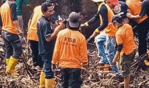Tim Gabungan Bersihkan Sedimentasi di Jembatan Rabasalo