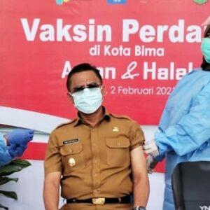 Walikota Bima Pilek, Wakil Walikota Bima yang Pertama Divaksin
