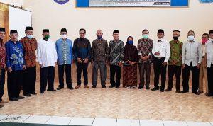 SMAN 1 Kota Bima Gelar Perpisahan Guru dan Pegawai Purna Tugas
