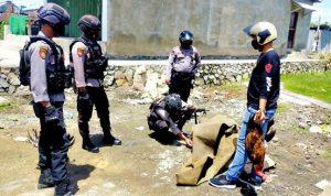 Tim Rajawali Bubarkan Judi Sabung Ayam di Tanjung