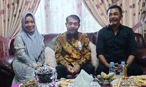 Di tengah Kesibukan, Ketua MK Sempatkan Diri Silaturahmi dengan Sahabat Lama