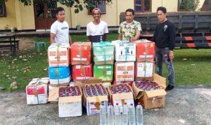 Sat Brimob Amankan 480 Botol Arak di Desa Leu