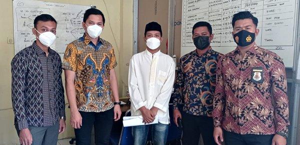 Tersangka dan Barang Bukti Kasus Pembunuhan Hasanudin Diserahkan ke Jaksa