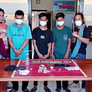 Polisi Sikat Sindikat Narkoba di Kecamatan Langgudu